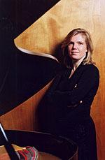 Silke Avenhaus, Piano